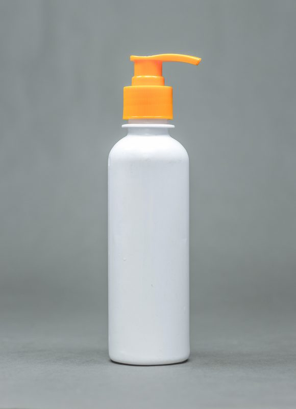 250ml opaque plastic bottle BOLD with pump cap